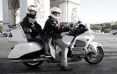 Un taxi moto paris pour découvrir Paris autrement