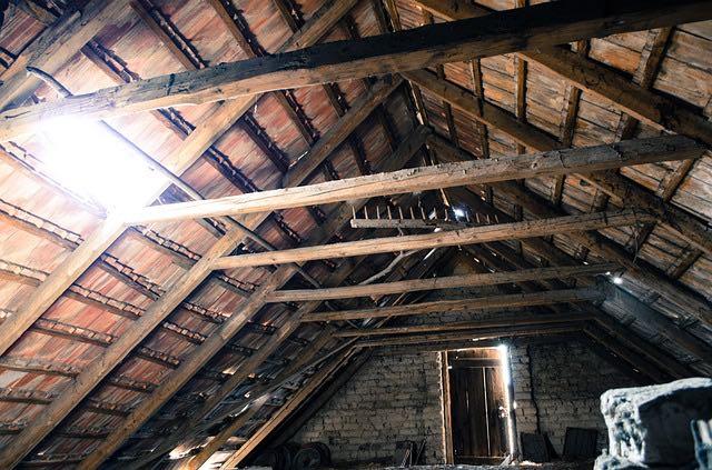 isolation de la toiture de l'intérieur