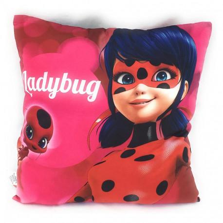 Donnez à vos enfants la chance de partir à l'école avec Ladybug et Chat Noir !